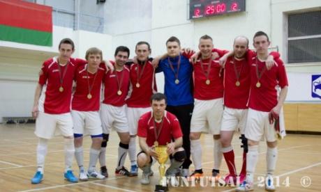 Белорусская футбольная команда EXPROF одержала победу в чемпионате по мини-футболу