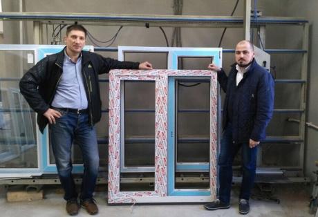 Представитель ЭксПроф посетил оконные предприятия Самары