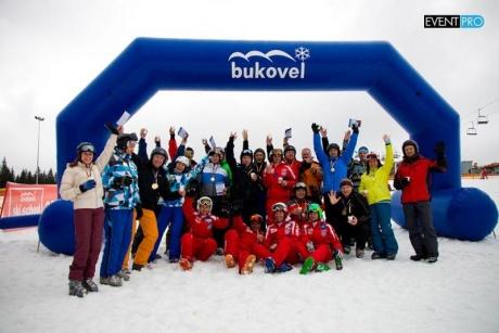 Компания ЭксПроф приобщает партнеров к горнолыжному спорту