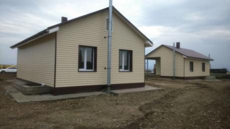 Более 500 домов в Хакасии остеклены окнами Exprof