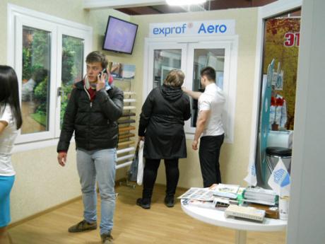 Гости самарской выставки стали участниками шоу о «дышащих» окнах EXPROF Aero