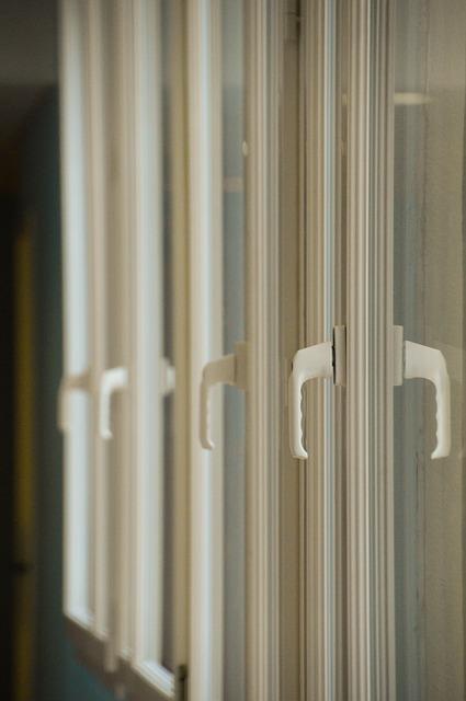 window-4062535_640.jpg